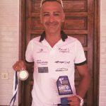 El paratriatleta colegiado Miguel Ángel Úbeda se impone en travesía de Almerimar